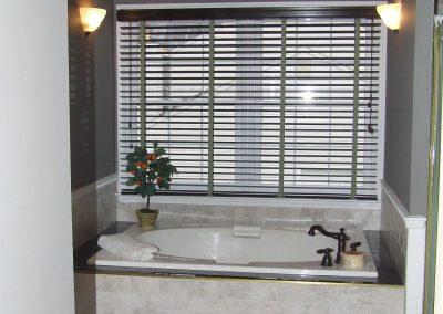 furletti bathroom 04